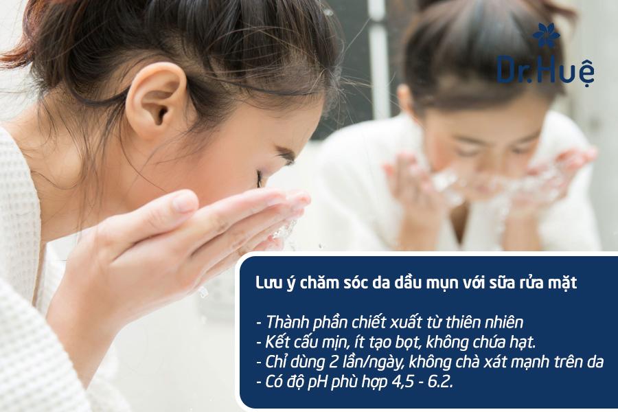 Rửa mặt bằng sửa rửa mặt chăm sóc da dầu mụn